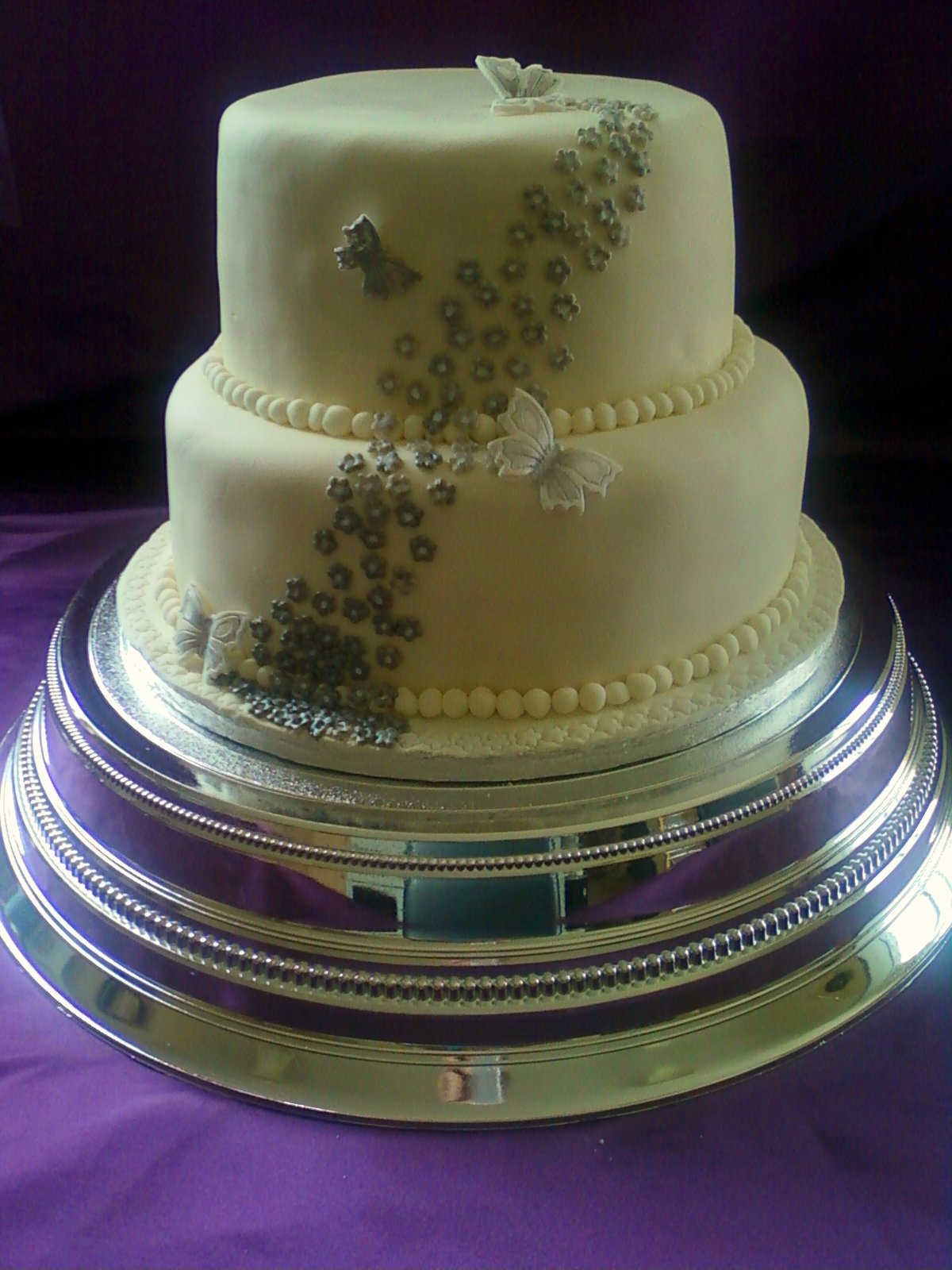 Silver Flower Wedding Cake white chocolate