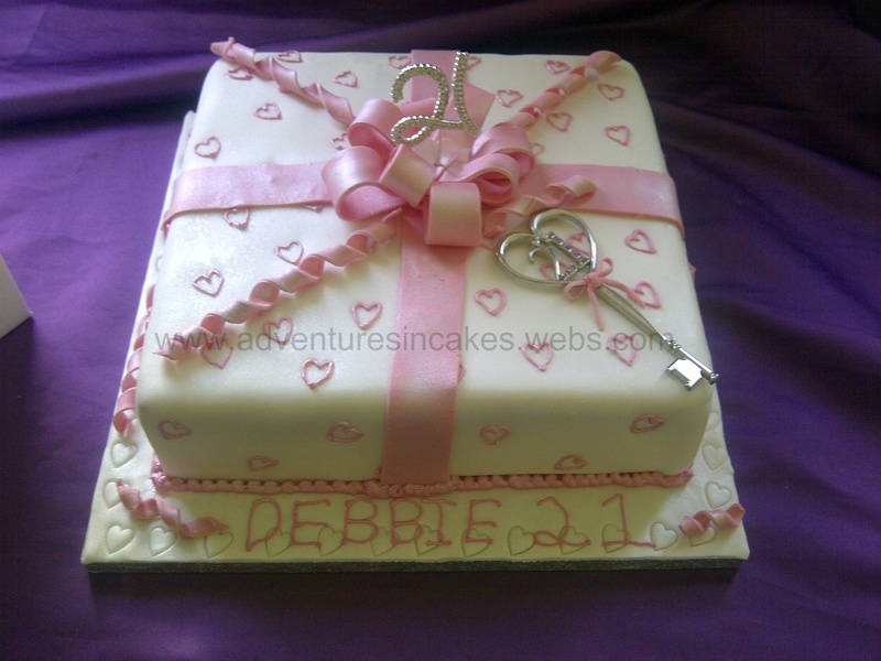 21st Birthday Present Cake