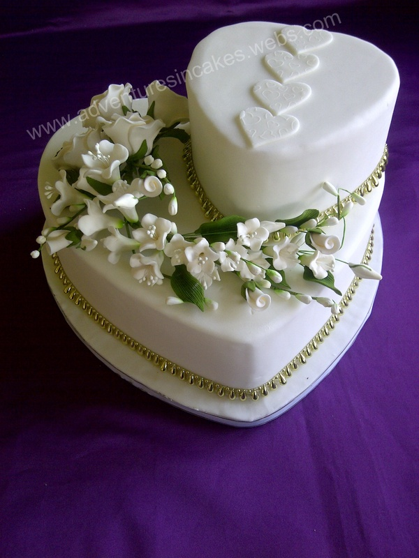 wedding cake with hearts wedding cake 26905